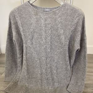 Neiman Marcus Cable Knit Cashmere Sweater - Gray S